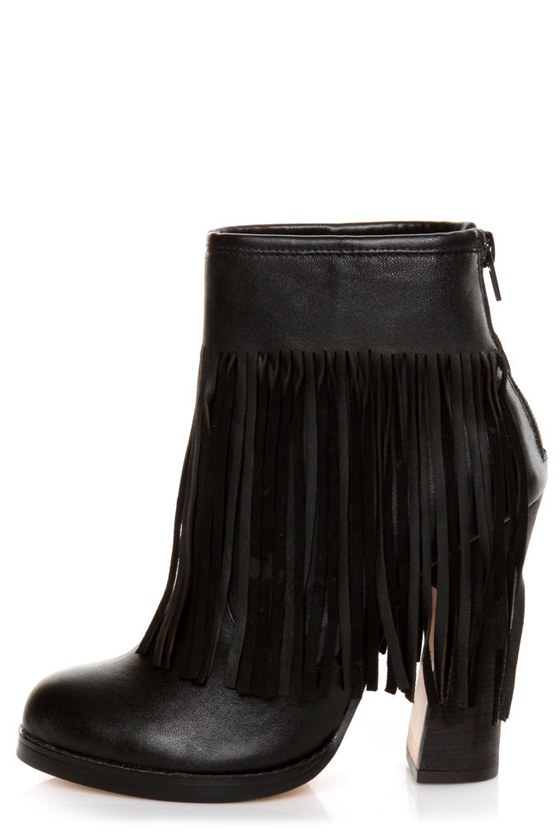 N.Y.L.A. Gravano Black Leather Fringe Booties at Lulus.com!
