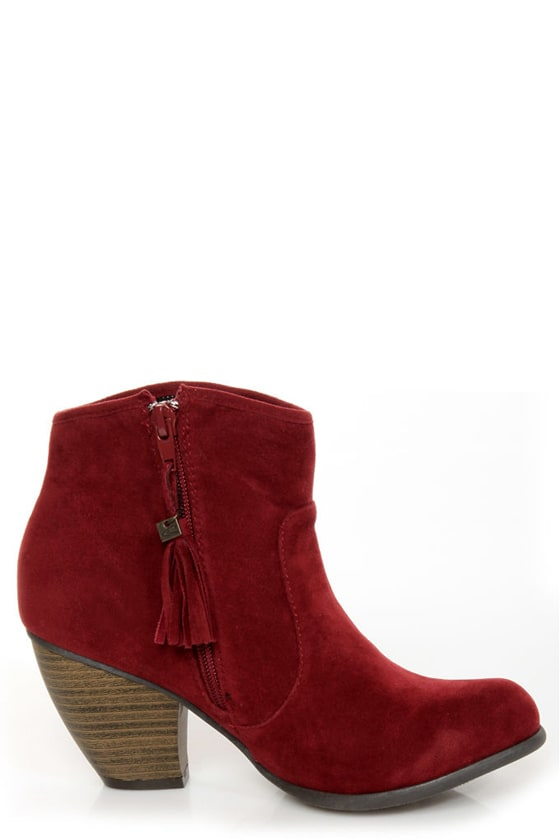 O'Neill Raleigh Garnet Red Side-Stitched Ankle Booties at Lulus.com!
