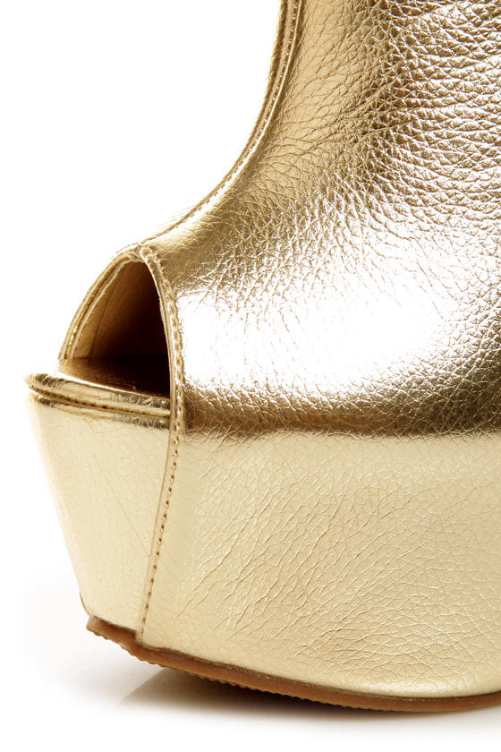 Privileged Keaton Gold Metallic Shootie Heelless Platforms