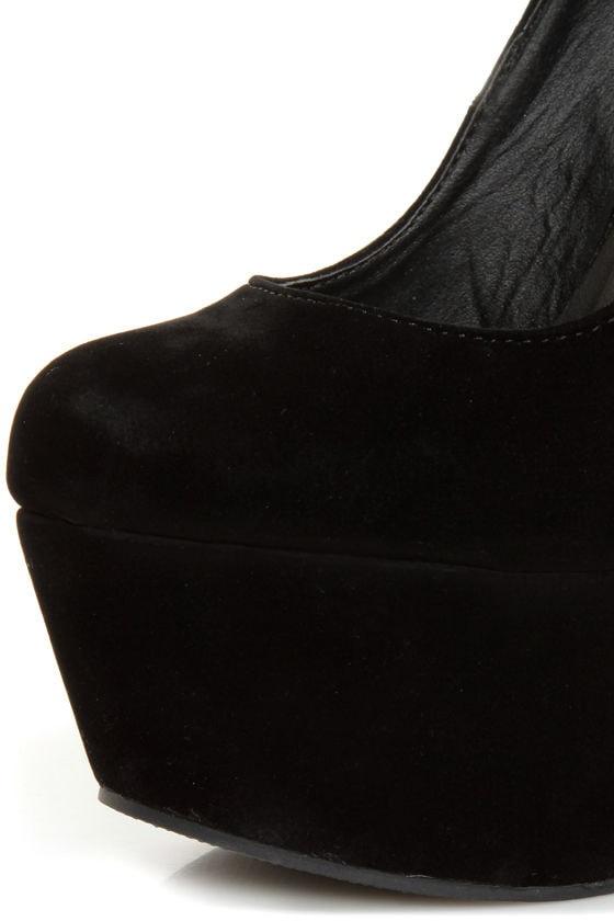 Privileged Riio Black Closed Toe Heelless Platforms