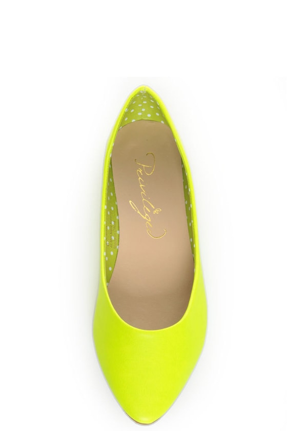 Privileged Vienna Neon Yellow Pointed Toe Flats at Lulus.com!