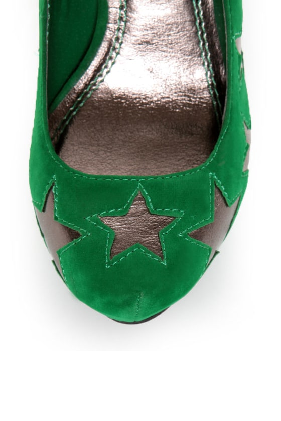 Anne Michelle Viral 68 Green Star Cutout Platform Pumps