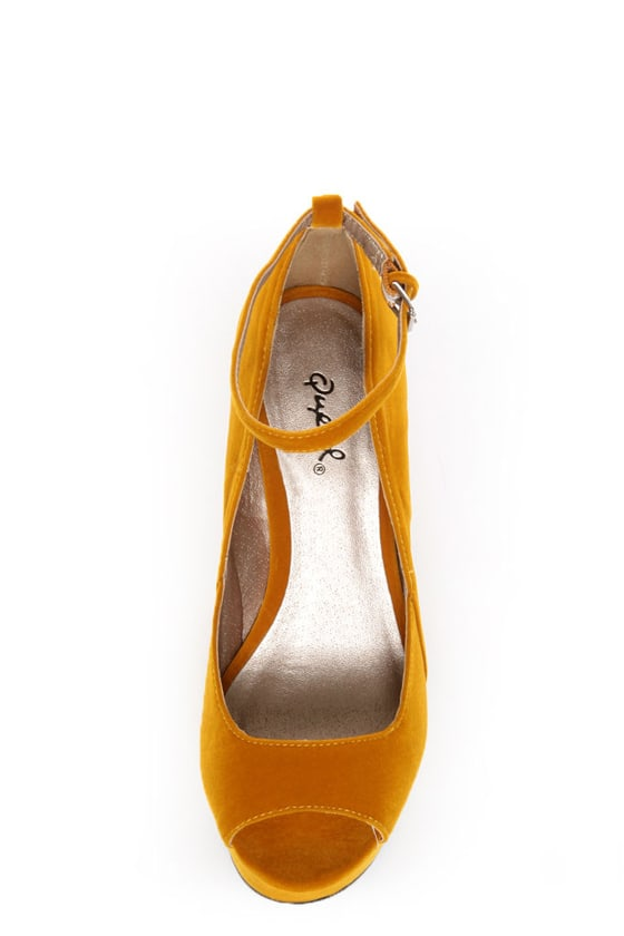 Qupid Finder 69 Mustard Velvet Sculpted Peep Toe Platform Wedges at Lulus.com!