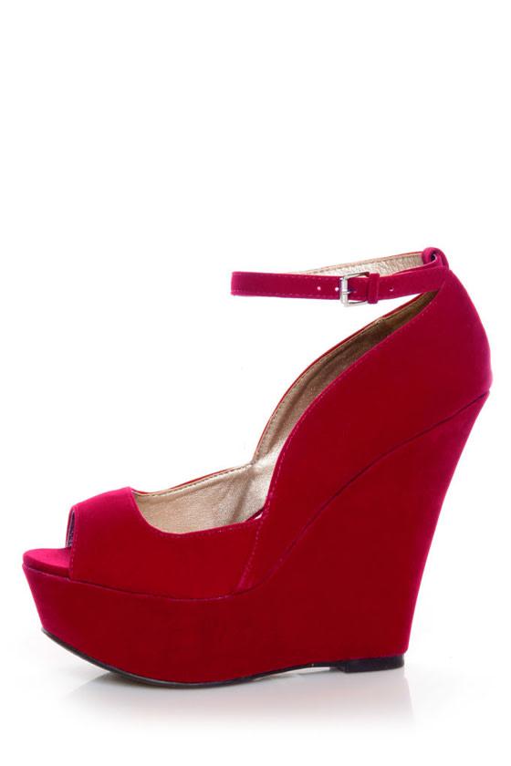 Qupid Finder 69 Red Velvet Sculpted Peep Toe Platform Wedges