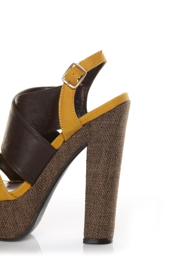 Qupid Gossip 07 Brown & Yellow Tweed Platform Heels