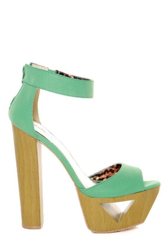 Qupid Lakie 02 Sea Green Textured Cutout Platform Heels