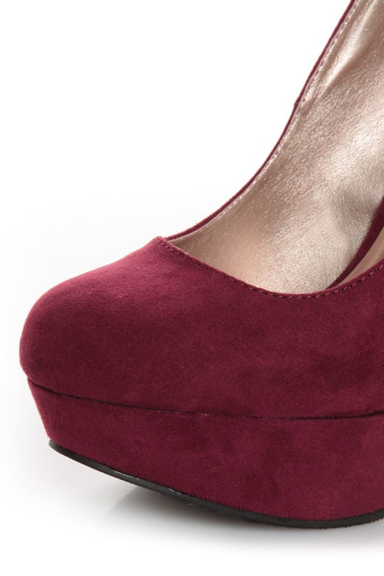 Qupid Marc 01 Burgundy Suede Platform Pumps