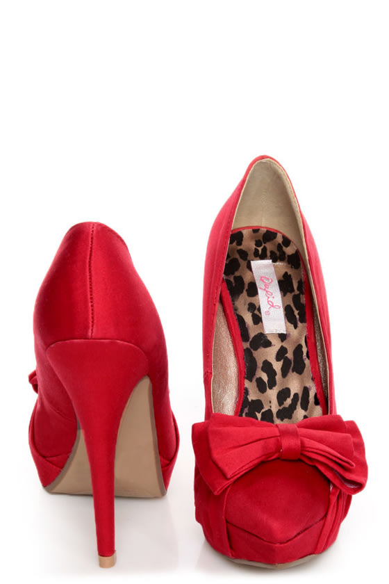 Qupid Marlene 05 Red Fabric Pointed Pumps at Lulus.com!