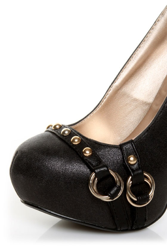Qupid Neutral 184 Black Strapped and Studded Platform Pumps