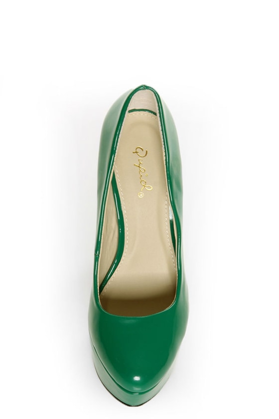 Qupid Penelope 01 Green Patent Platform Pumps