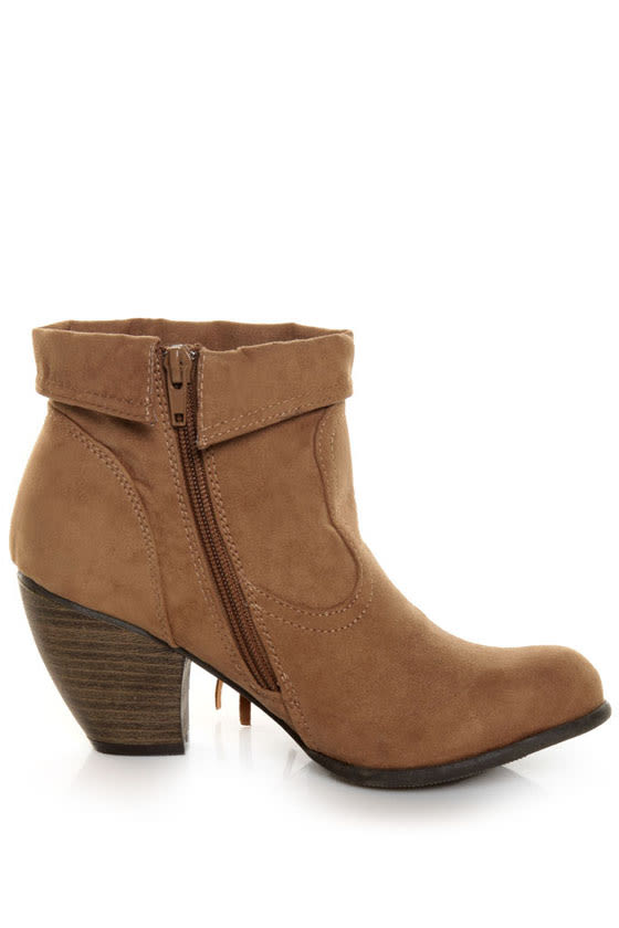 Qupid Priority 21 Camel Suede Fringe Ankle Boots