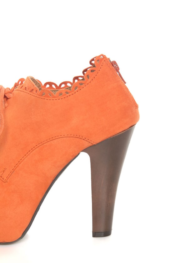 Qupid Puffin 34 Orange Suede Lace-Up Ankle Booties at Lulus.com!