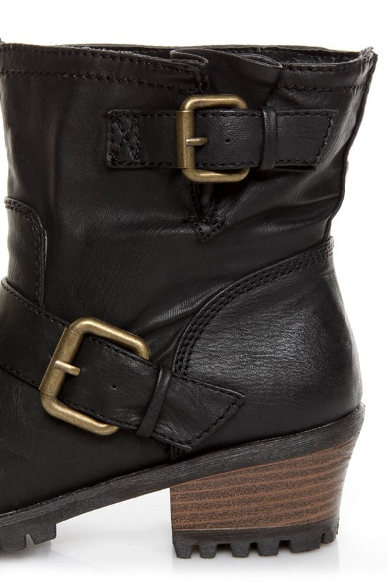 Qupid Reactor 01 Black Belted Ankle Boots