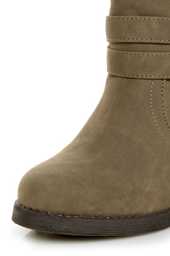 Qupid Rosdale 11 Dark Taupe Tapestry Convertible Boots at Lulus.com!