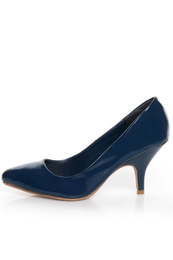 Qupid Tanya 01 Blue Patent Kitten Pumps