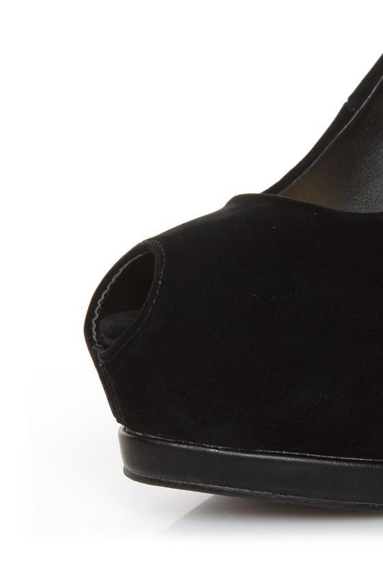 Qupid Tatum 44 Black Keyhole Peep Toe Platform Pumps