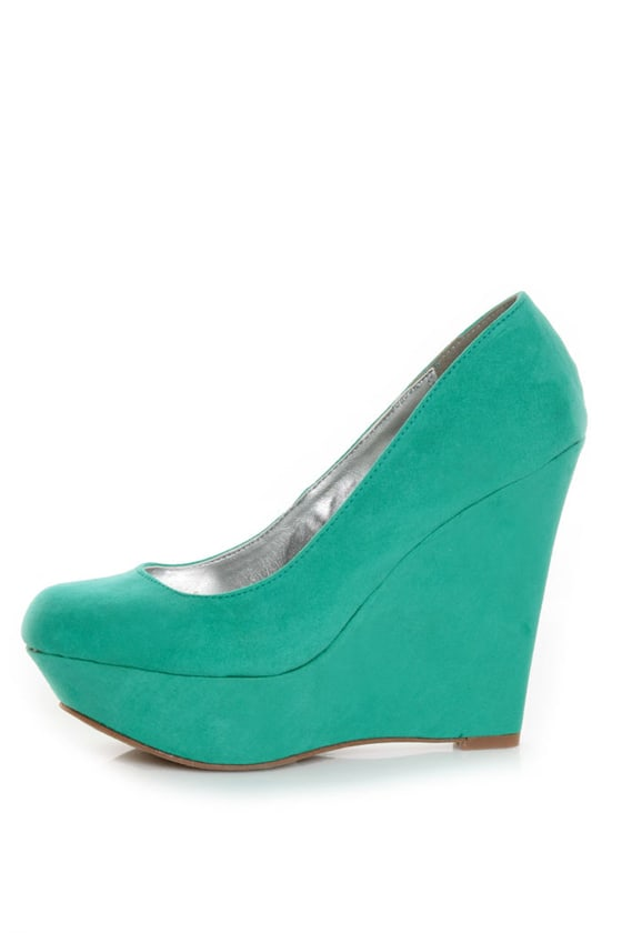 Qupid Worthy 01 Sea Green Suede Platform Wedges