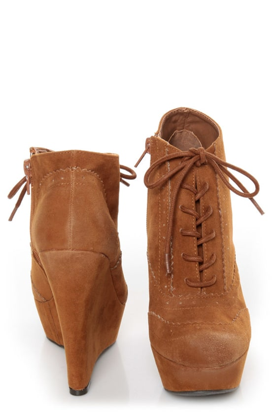 Qupid Worthy 27 Rust Oil Finish Lace-Up Oxford Wedges