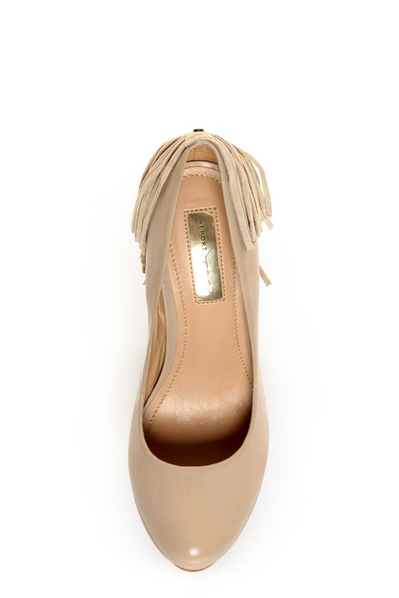 Report Signature Targee Tan Fringe Platform Pumps