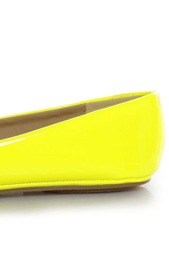 Soda Afar Yellow Neon Patent Ballet Flats