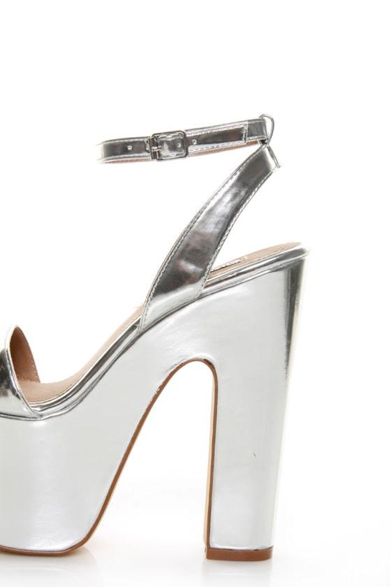 Steve Madden Shazzam Silver Metallic Super Platform Sandals