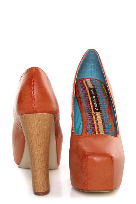 Shoe Republic LA Maple Orange Burnished Platform Heels at Lulus.com!