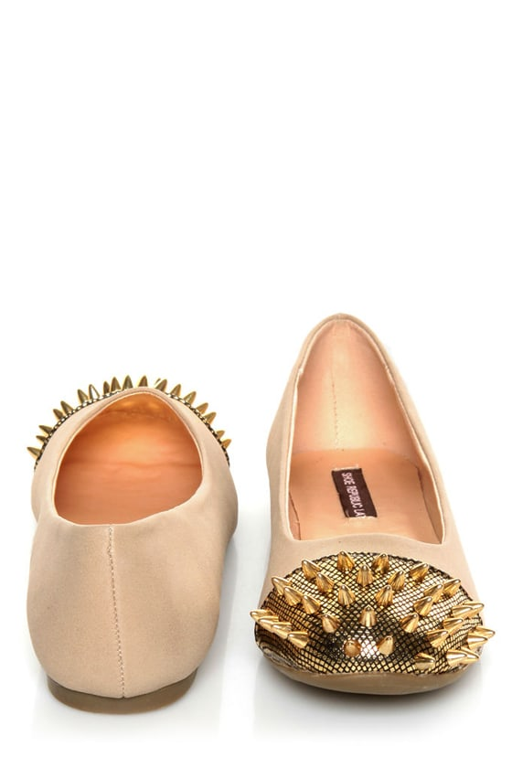 Shoe Republic LA Scion Nude Spiked Cap-Toe Flats