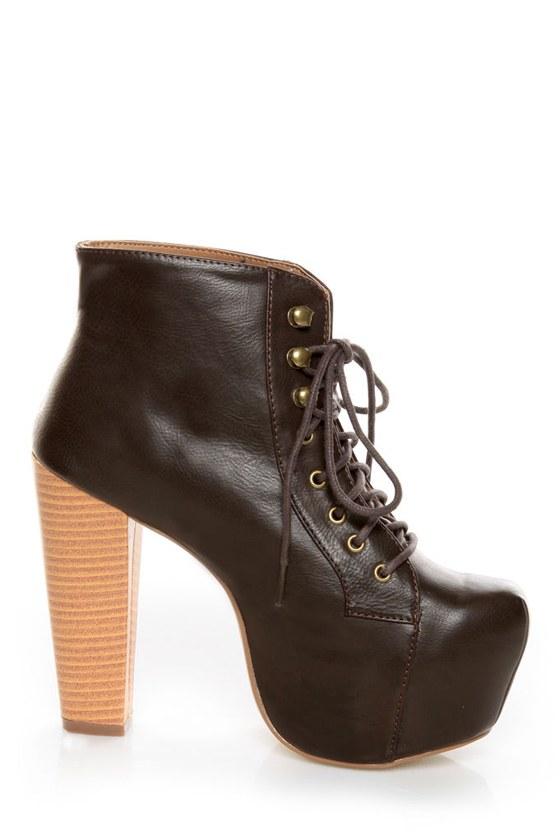 Shoe Republic LA Step Brown Lace-Up Platform Ankle Boots