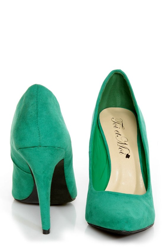CR-01 Green Velvet Pointed Pumps at Lulus.com!