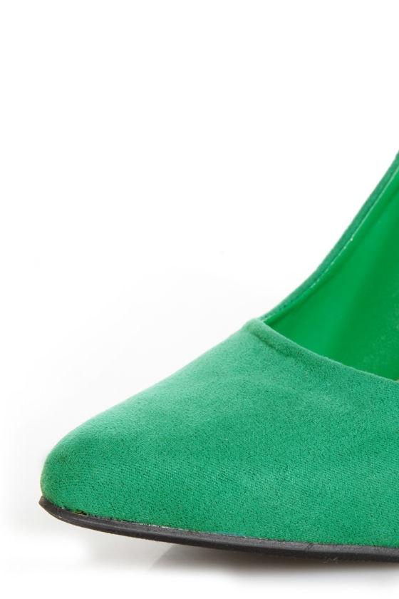 CR-01 Green Velvet Pointed Pumps