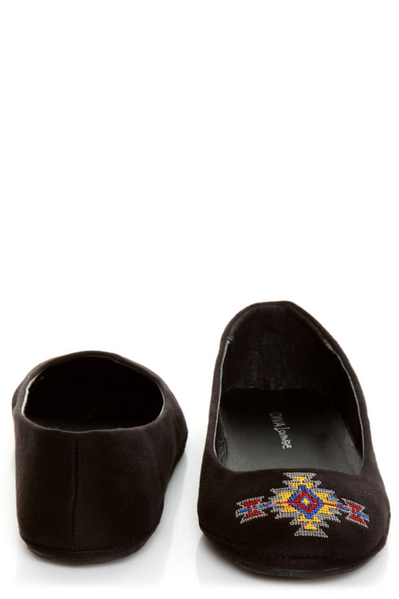 Diva Lounge Sweety 122 Black Southwest Embroidered Ballet Flats at Lulus.com!