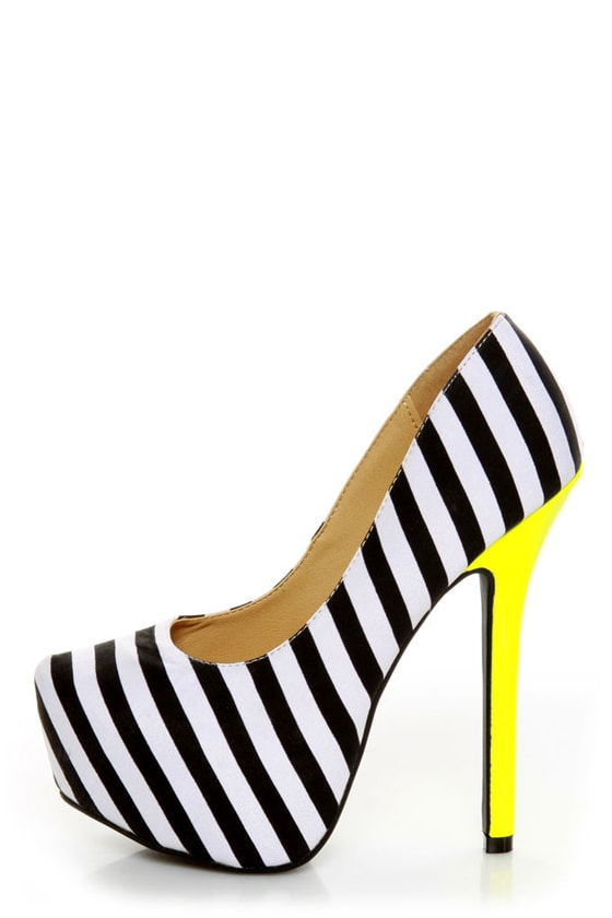 Diva Lounge Viola 02 Black Fabric Striped Platform Pumps at Lulus.com!