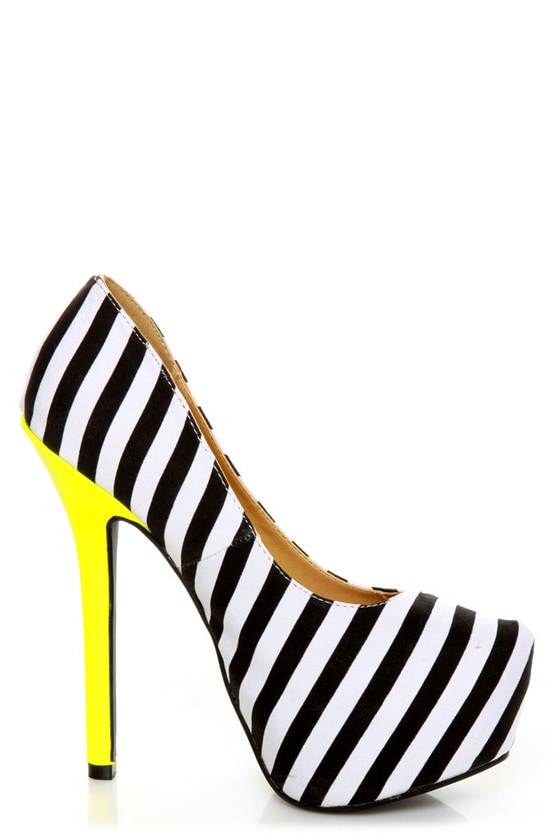Diva Lounge Viola 02 Black Fabric Striped Platform Pumps
