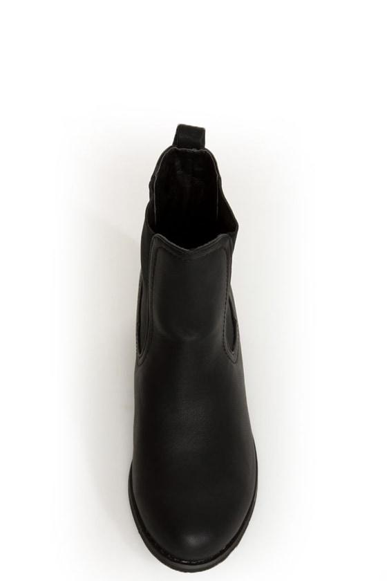 Yoki Chelsea 06 Black Chelsea Boots at Lulus.com!