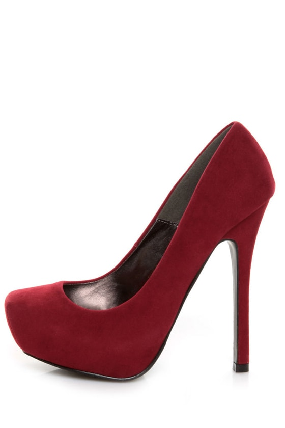 Yoki Giardina Red Suede Platform Pumps