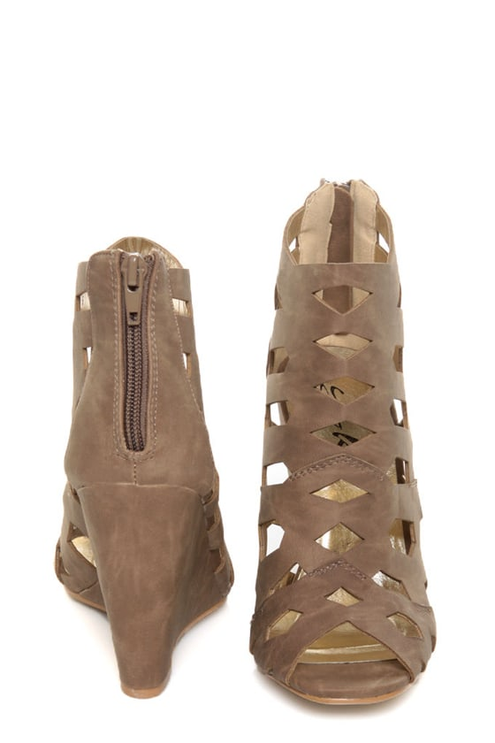 Yoki Donya Brown Cutout Cage Wedge Booties