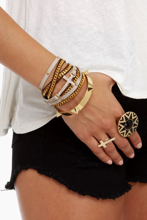 Spike-r of the House Gold Spike Bracelet at Lulus.com!