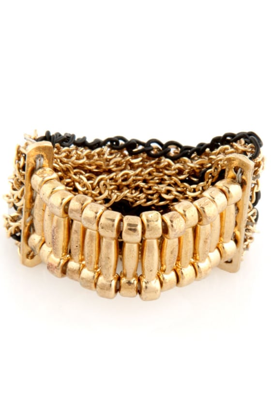 Foreign Strands Chain Ring