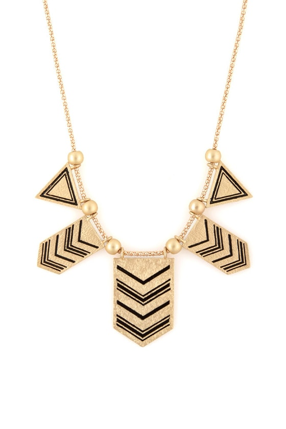 Arrow Dynamic Gold Necklace at Lulus.com!