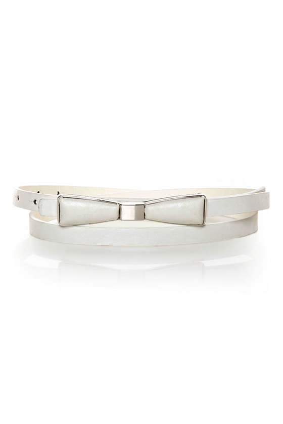 Decoration of Independence Skinny White Bow Belt