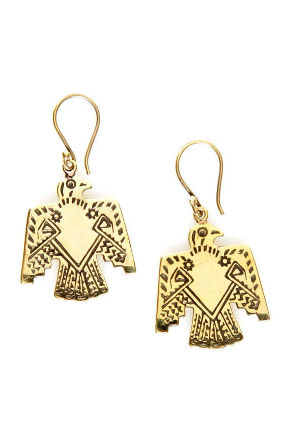 Jen's Pirate Booty Tailfeather Bird Earrings at Lulus.com!
