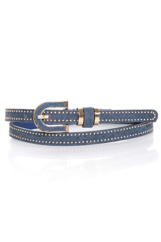 Dallas Darling Studded Suede Belt at Lulus.com!