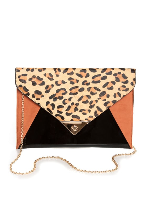 Cat Tales Animal Print Clutch at Lulus.com!