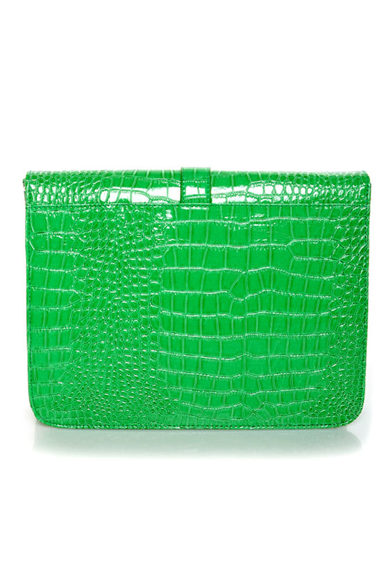 Croc-tail Shaker Green Purse at Lulus.com!